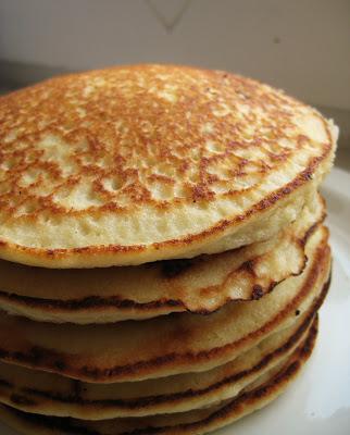 Low-Carb Almond Pancakes